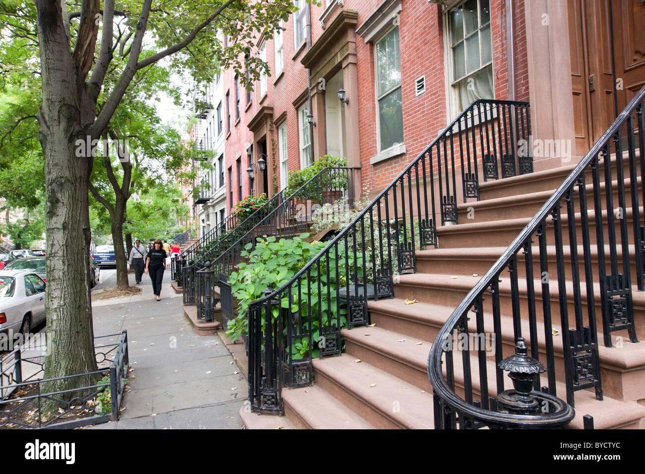 Strada residenziale nel quartiere di Chelsea di New York City, America, STATI UNITI D'AMERICA Immagini Stock
