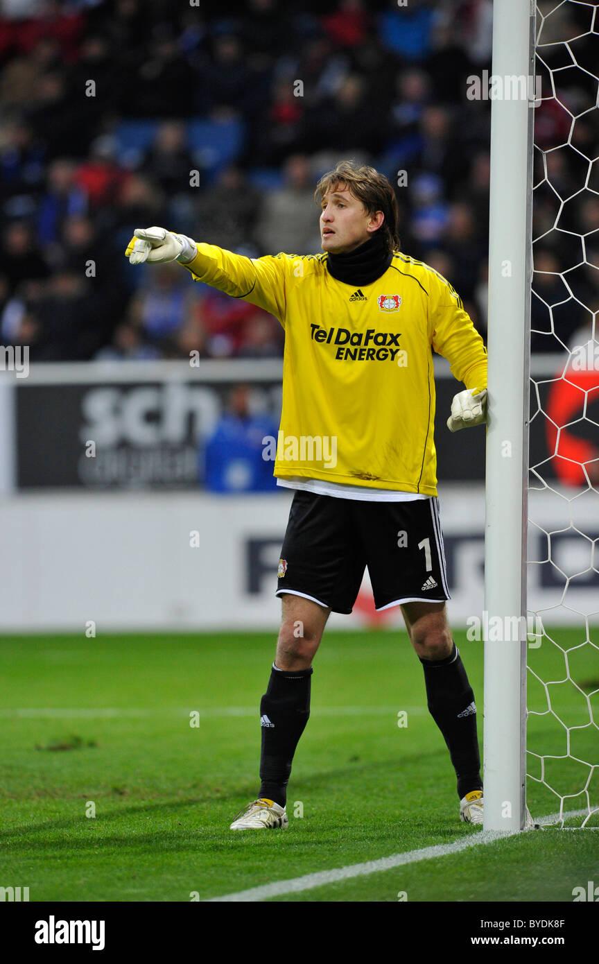 Il portiere Rene Adler, Bayer 04 Leverkusen football club ...
