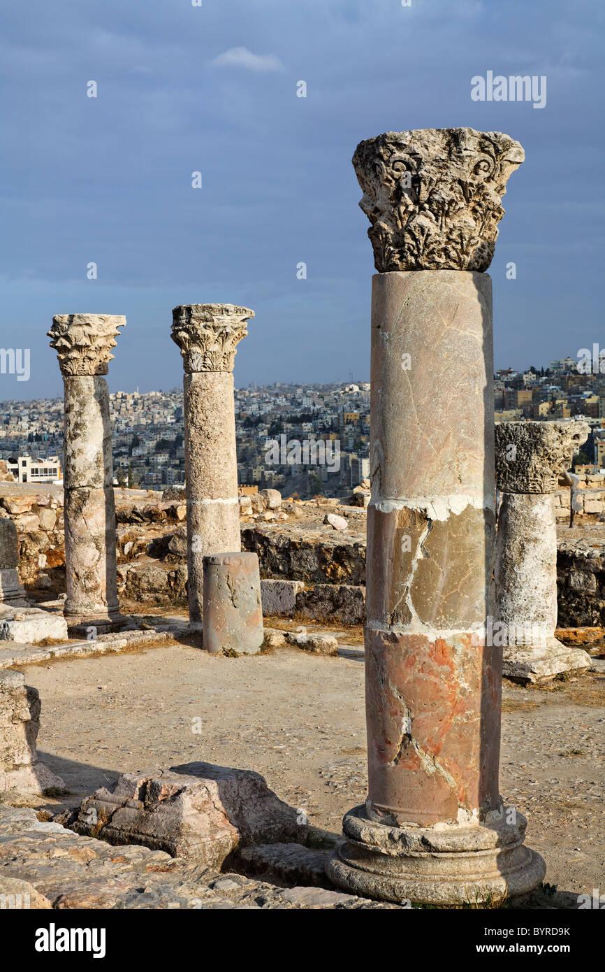 Le rovine della chiesa bizantina della cittadella, Amman, Giordania Immagini Stock