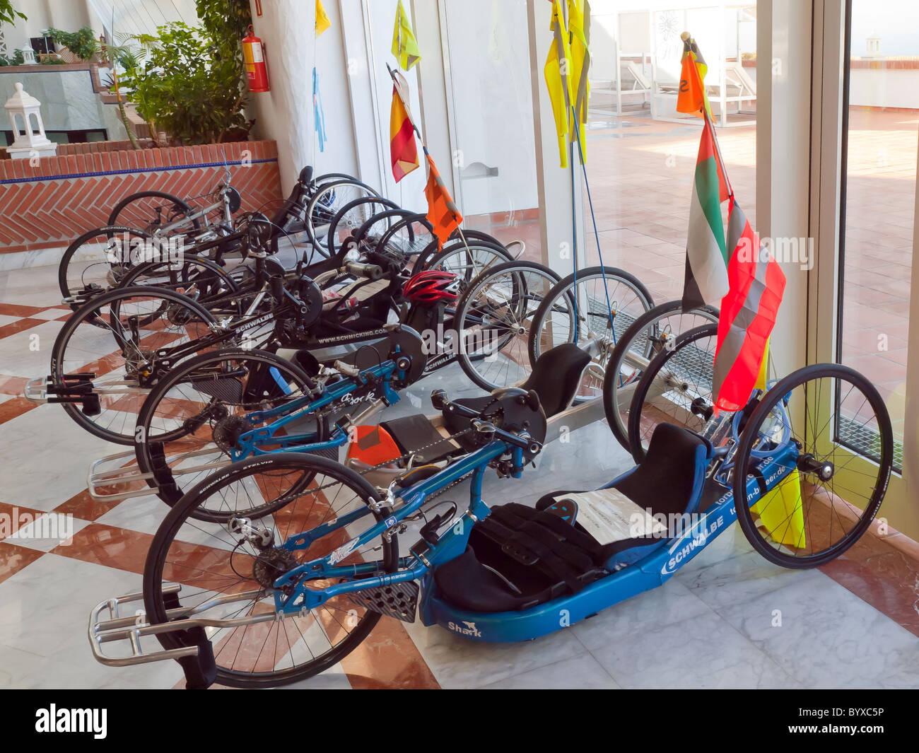 Leggero E Sportivo Biciclette Recumbent Usato Dagli Uomini Con Gambe