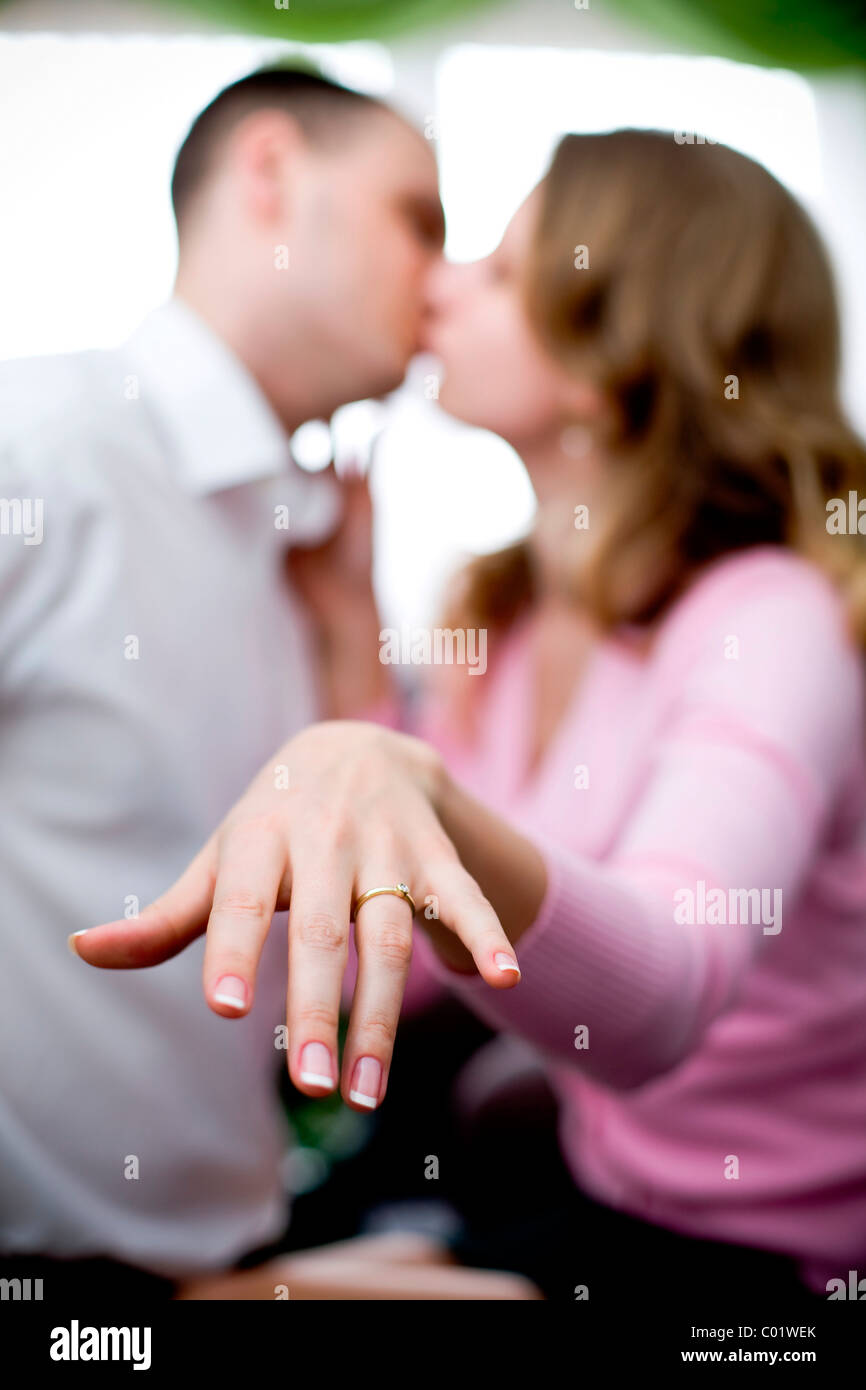 Engagements Rings Immagini & Engagements Rings Fotos Stock - Alamy