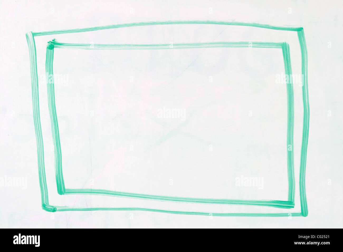 Box con contorno doppi in verde dry erase marcatore su un usato una lavagna bianca Immagini Stock