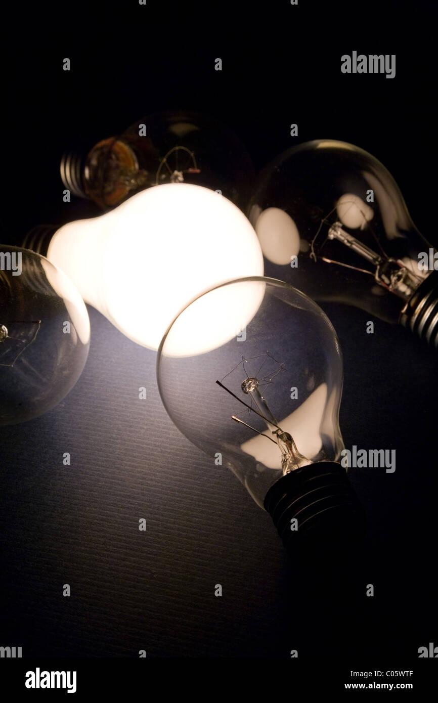 Luce brillante lampadina close up shot Immagini Stock