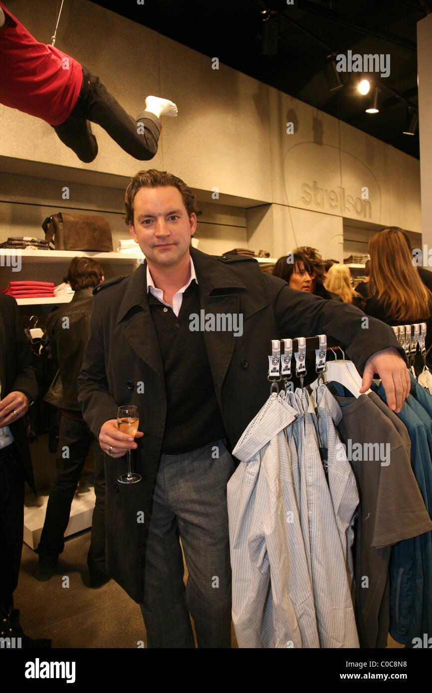 Christian Kahrmann Strellson flagship store apertura a Muenzstrasse Berlino fc1c54979a41