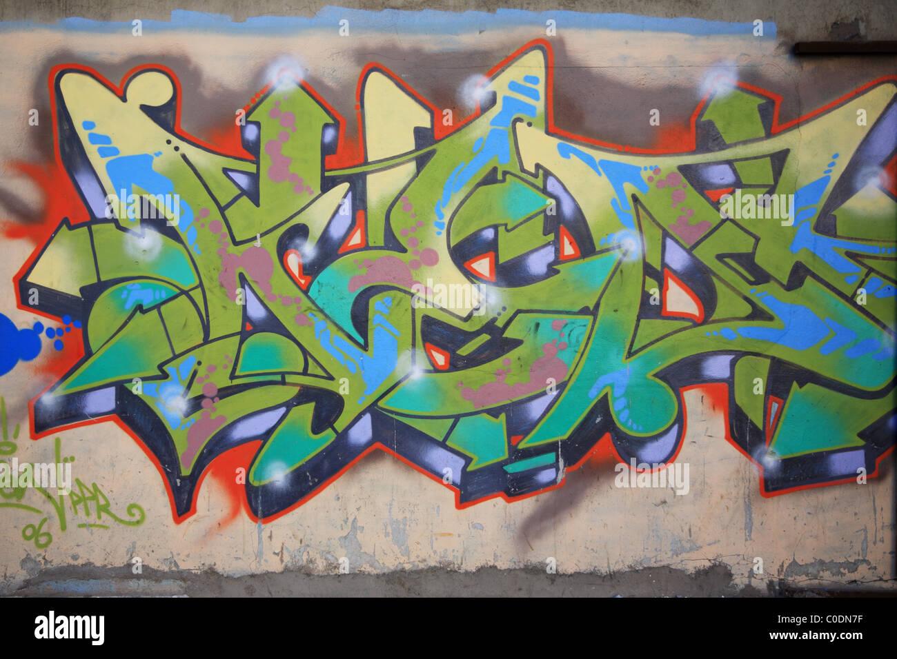 Graffiti spruzzato sulla parete in Havana Cuba Immagini Stock