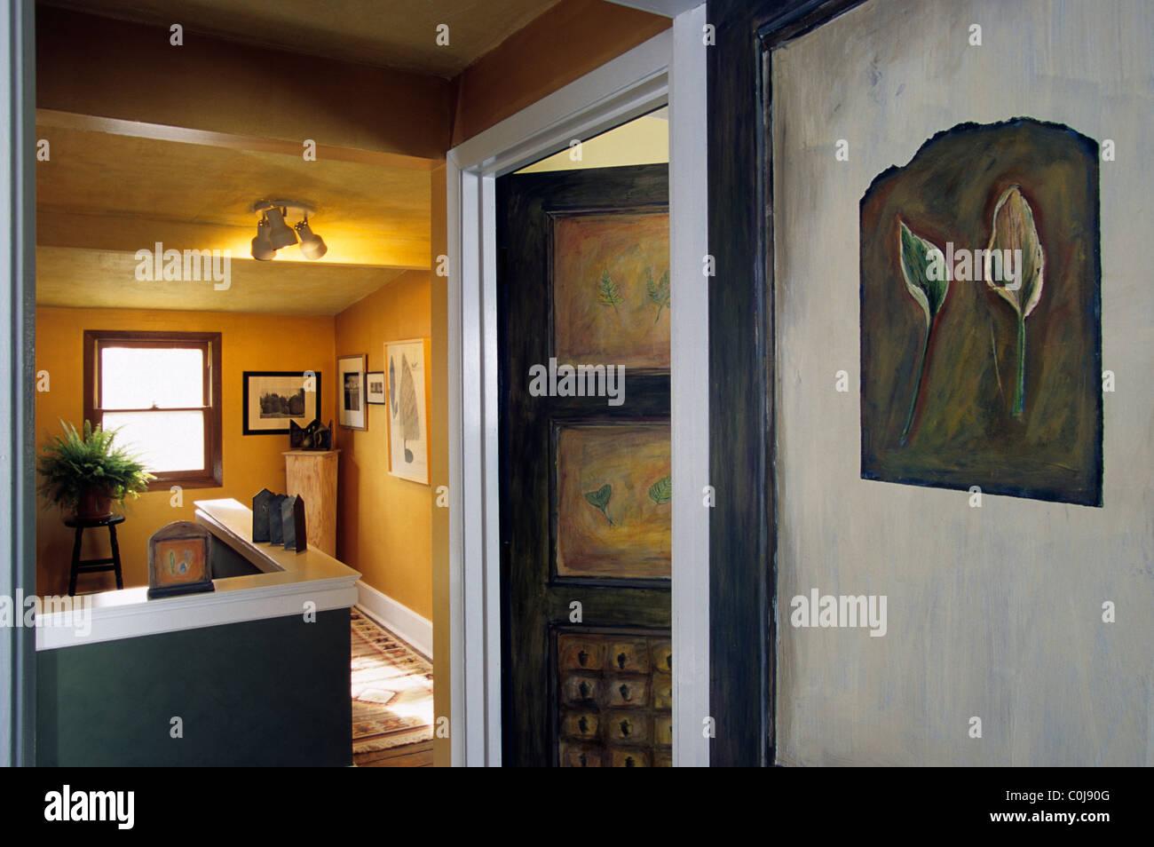 Vista dei corridoi interni nel 1920 in stile Bungalow casa in ...