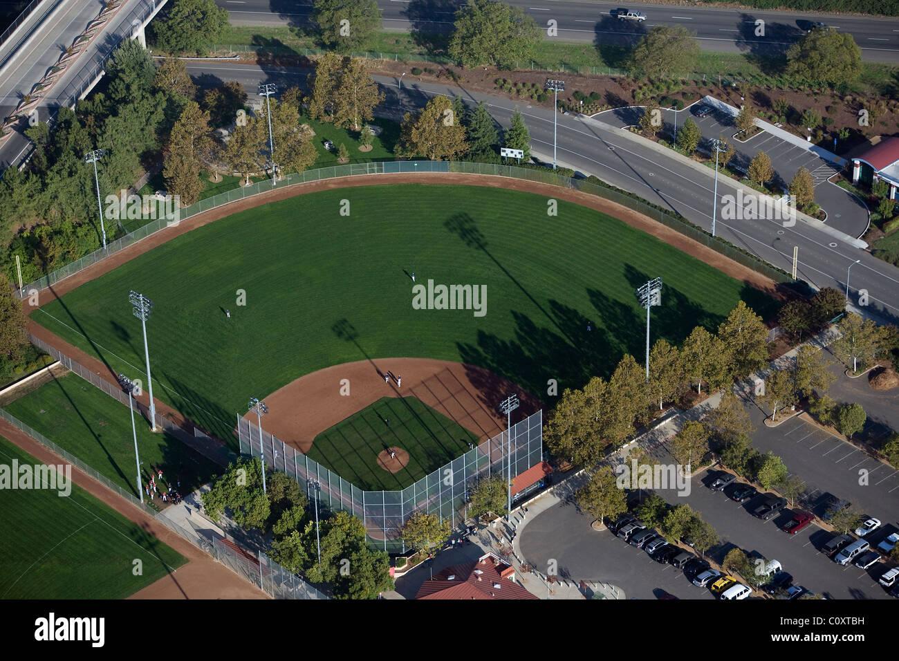 Vista aerea sopra il diamante di baseball Davis California Immagini Stock