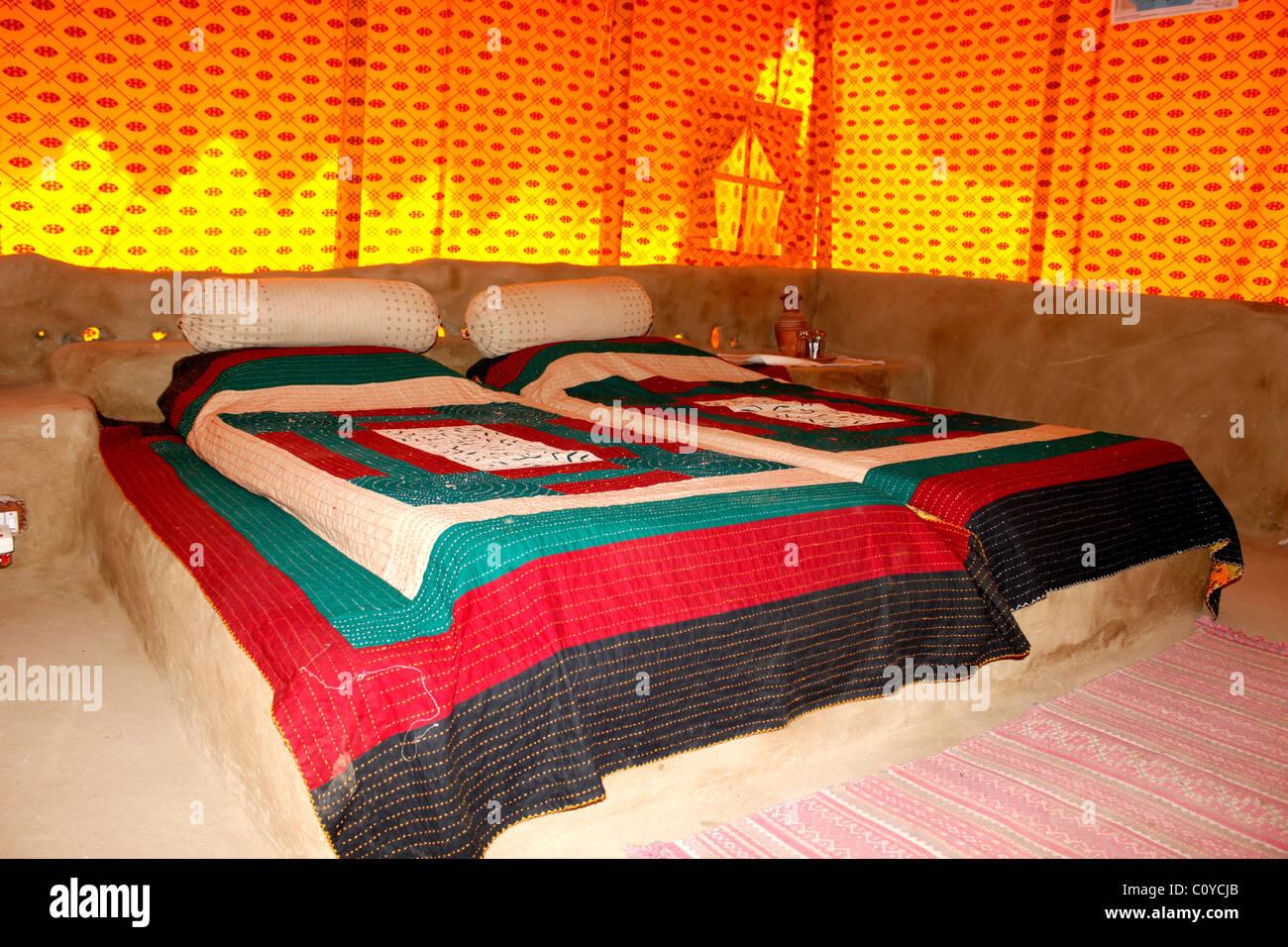 Un colorato con 1 camera da letto Immagini Stock