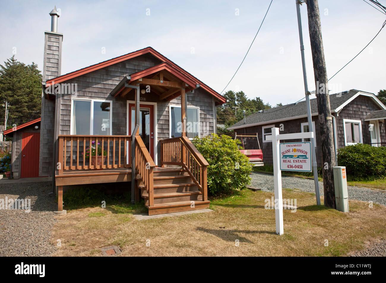Casa In Vendita Nel Comune Di Cannon Beach Con Le Sue Tipiche Case
