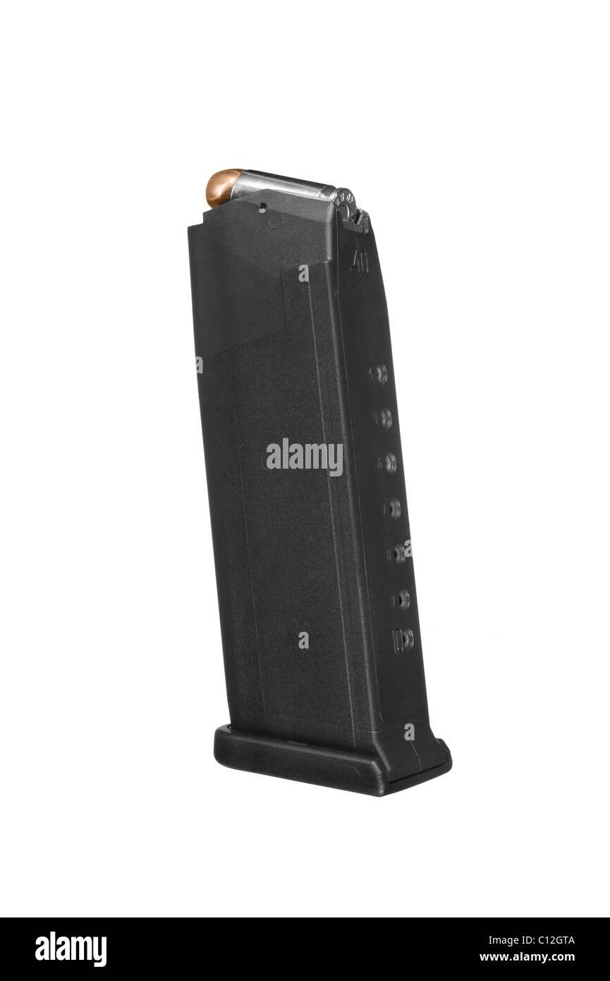 Una pistola clip munizioni isolato su uno sfondo bianco. Immagini Stock