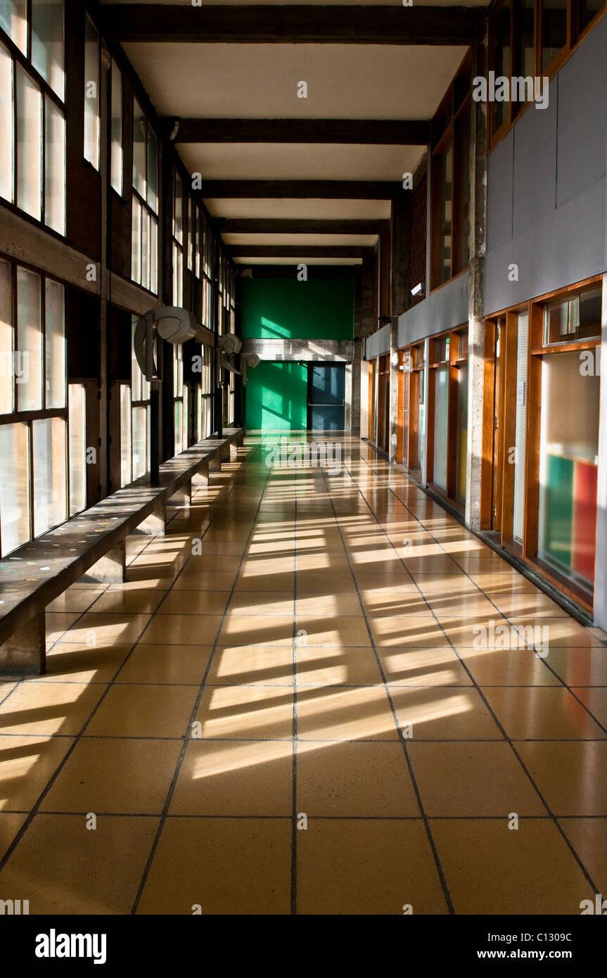 Corridoio, Unite d' abitazione di Le Corbusier, Marsiglia, Francia Immagini Stock