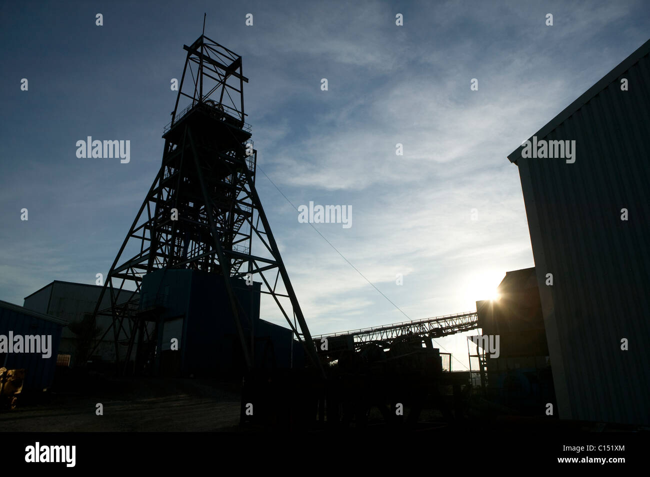 South Crofty Mine Immagini   South Crofty Mine Fotos Stock - Alamy 3ed1764b5894