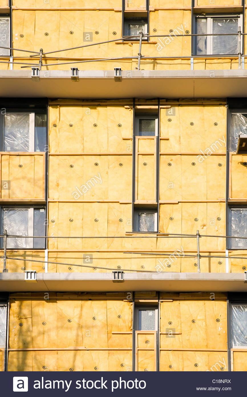 Isolamento esterno opere sulla parete esterna di un edificio Immagini Stock