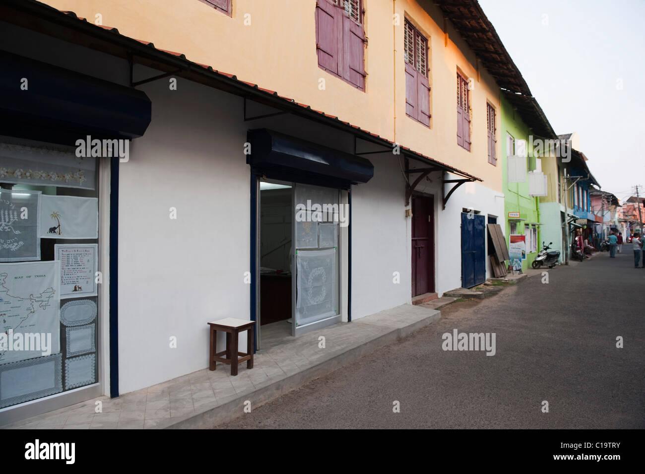 Ingresso di un negozio, ebreo Town, Mattancherry, Kochi, Kerala, India Immagini Stock