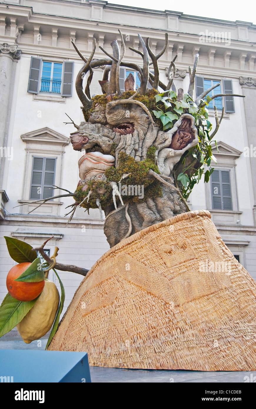 """Inverno, una scultura di Philip Haas, ispirata alla """"inverno"""" del rinascimento italiano artista Arcimboldo Immagini Stock"""