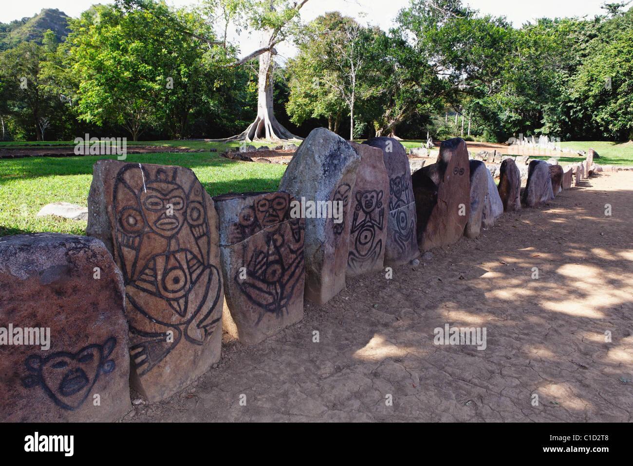 Petroglyph presso il Cerimoniale Caguana Park, Utuado, Puerto Rico Immagini Stock