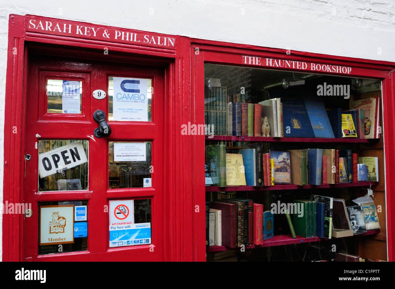 La Haunted Bookshop, St Edward's passaggio, Cambridge, Inghilterra, Regno Unito Immagini Stock