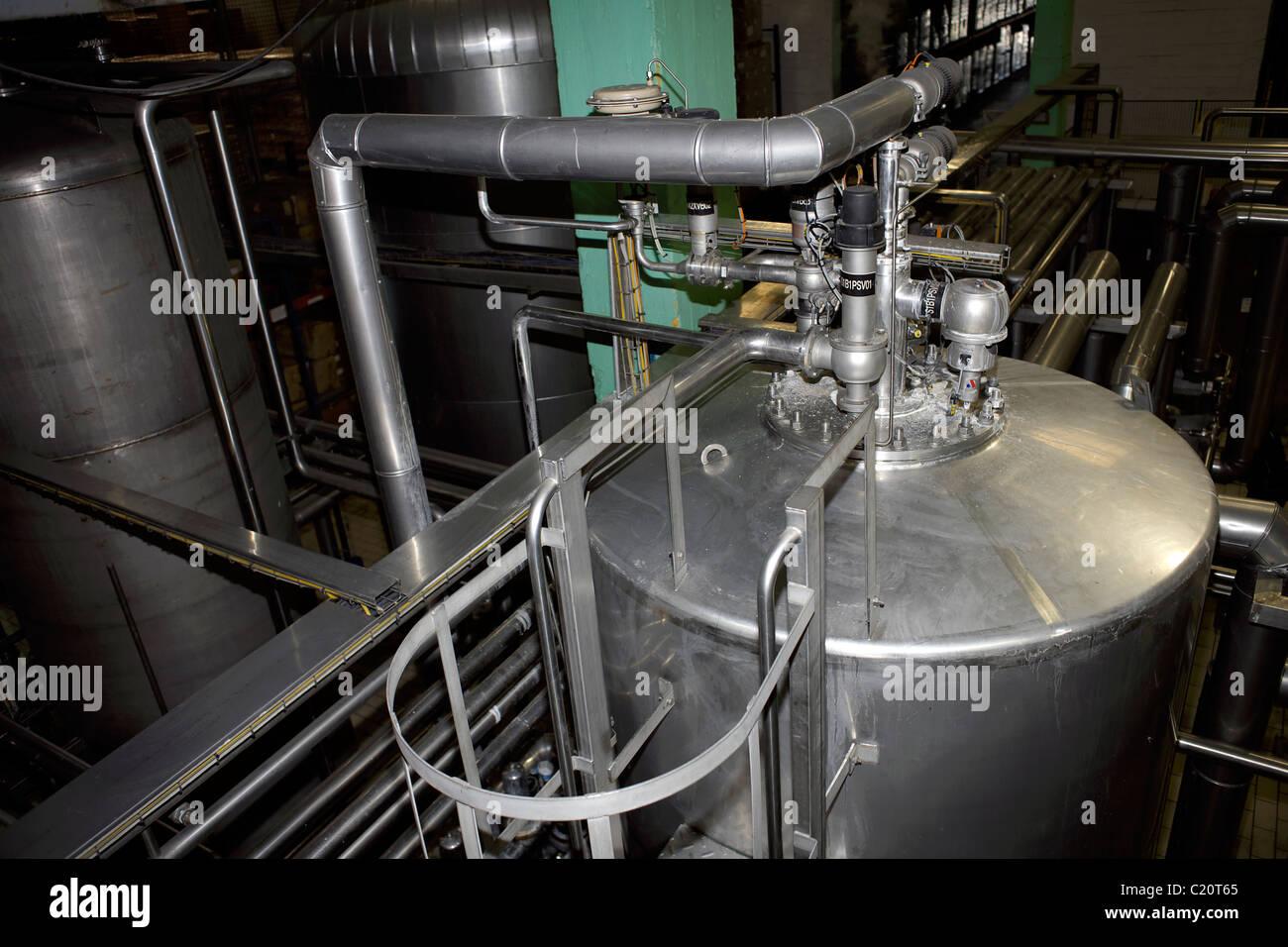 I tubi in alluminio e i macchinari, tubi, industria, industriale, fabbrica, generico, Produzione, industria pesante, Immagini Stock
