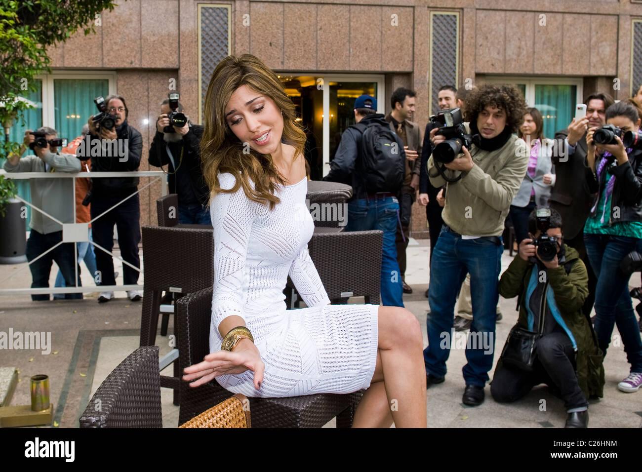 "04.04.2011, Milano. Photocall ""Ciak si gira...'. Belen Rodriguez Immagini Stock"