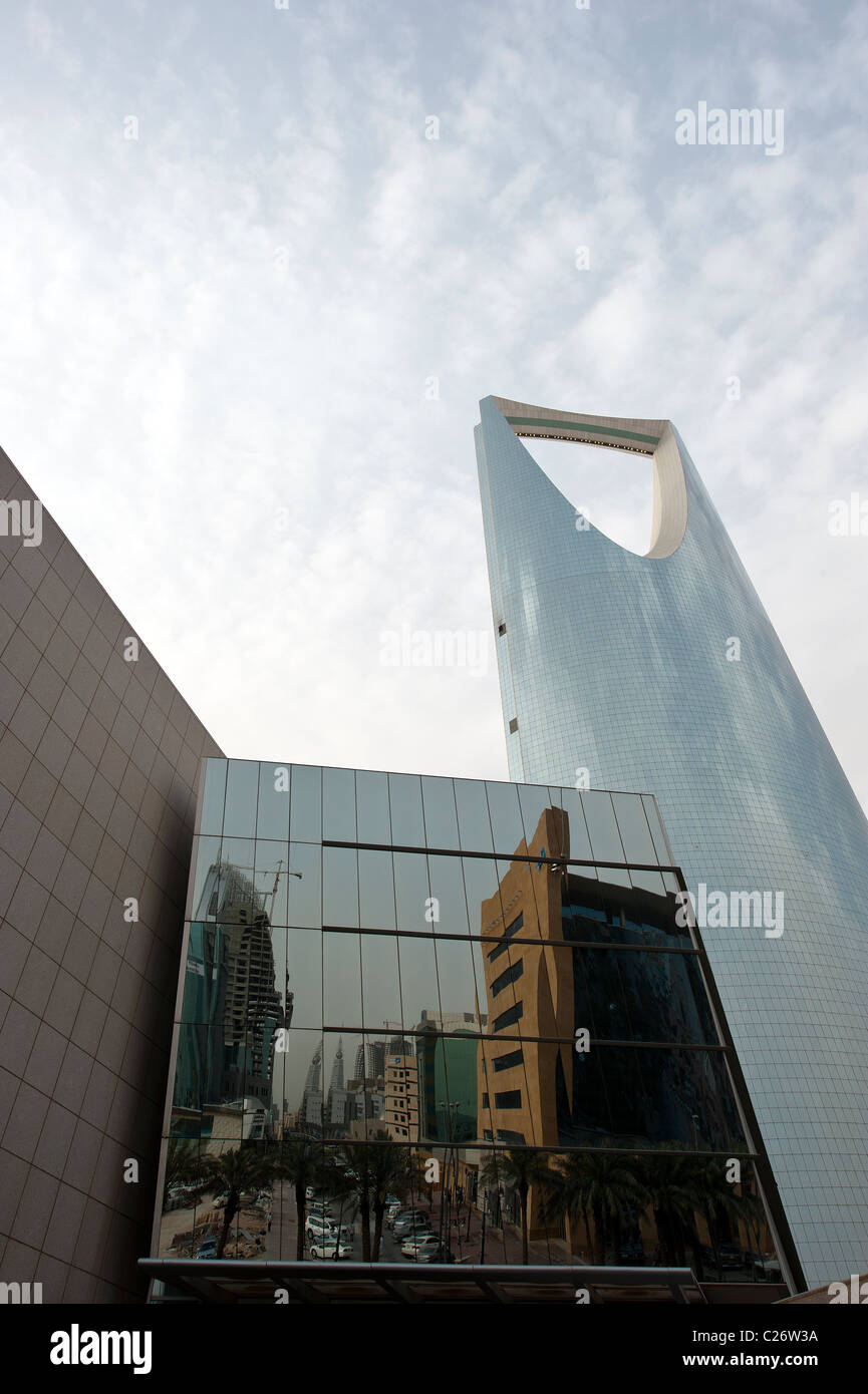 Kingdom Tower a Riyadh in Arabia Saudita Immagini Stock
