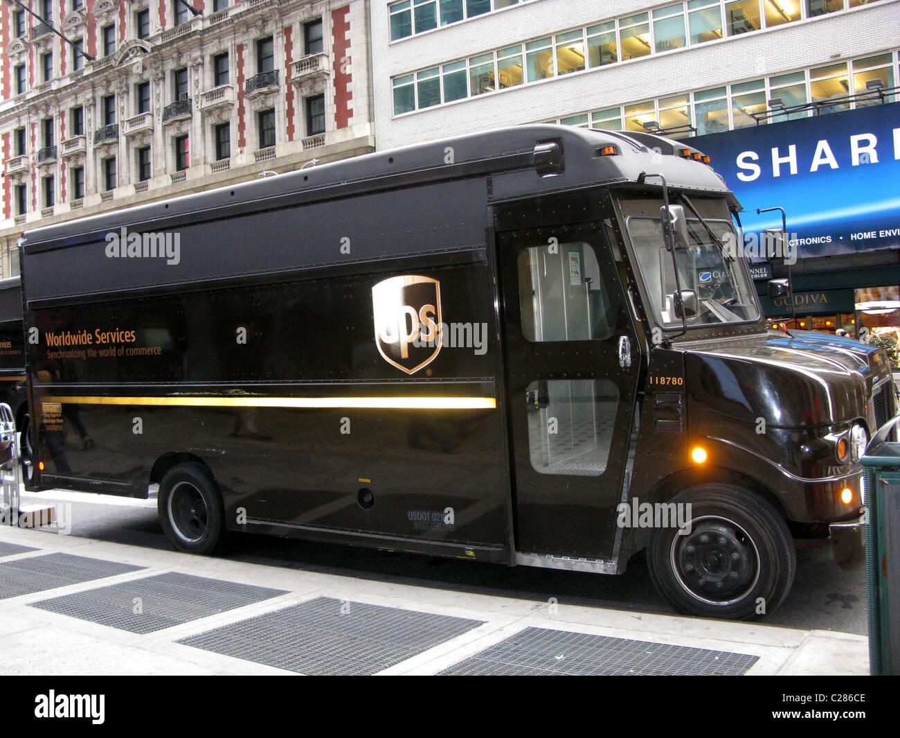 Consegna UPS carrello, New York, Stati Uniti d'America Immagini Stock