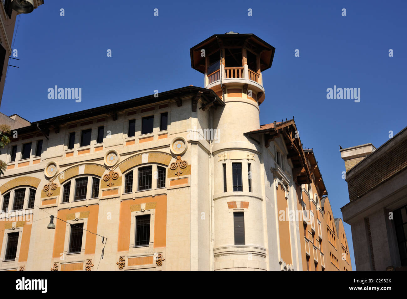 Italia, Roma, Birra Peroni, ex-birreria, edificio in stile liberty (il liberty italiano) Immagini Stock