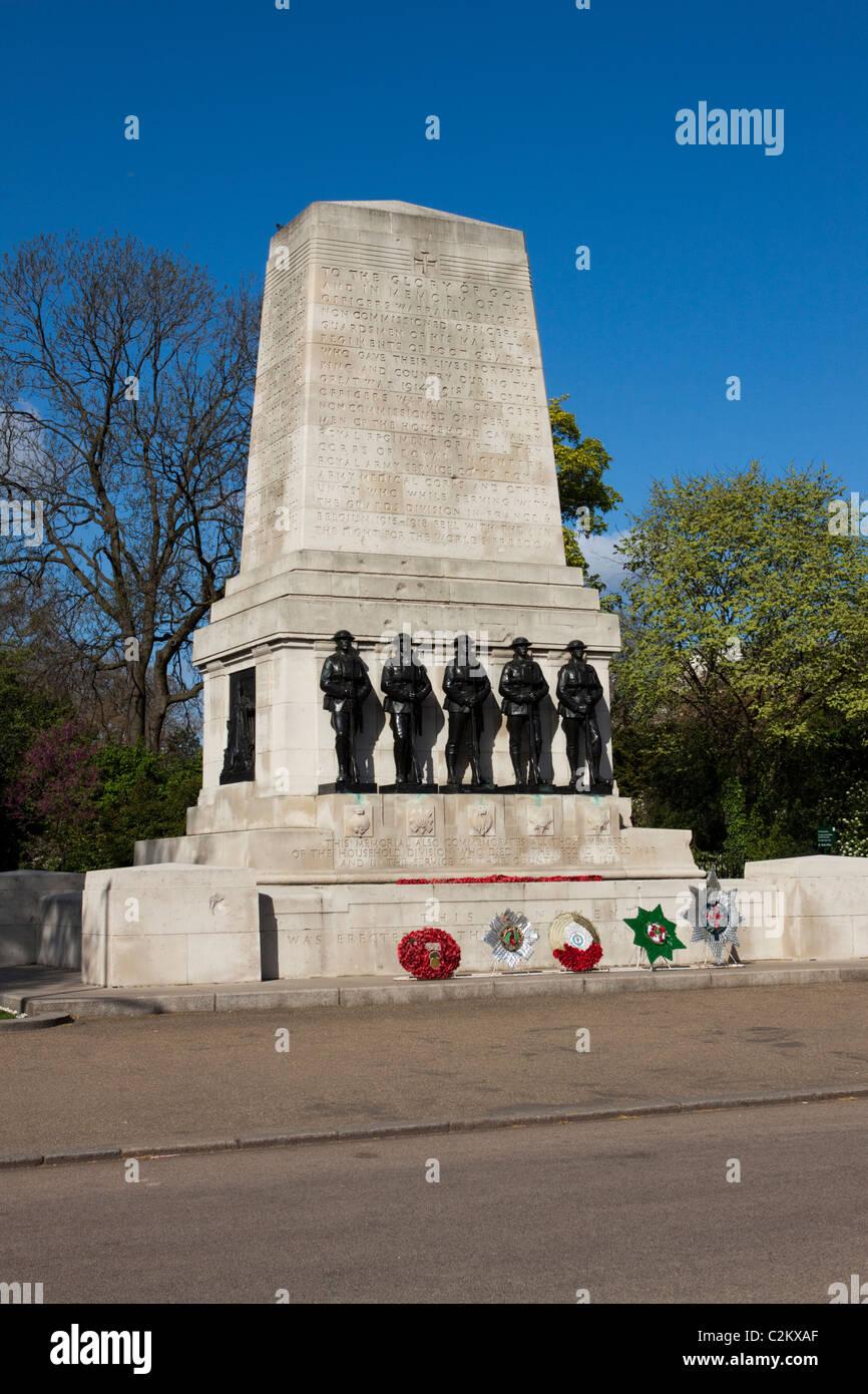 Le protezioni Memorial, la Sfilata delle Guardie a Cavallo,London, England, Regno Unito Immagini Stock