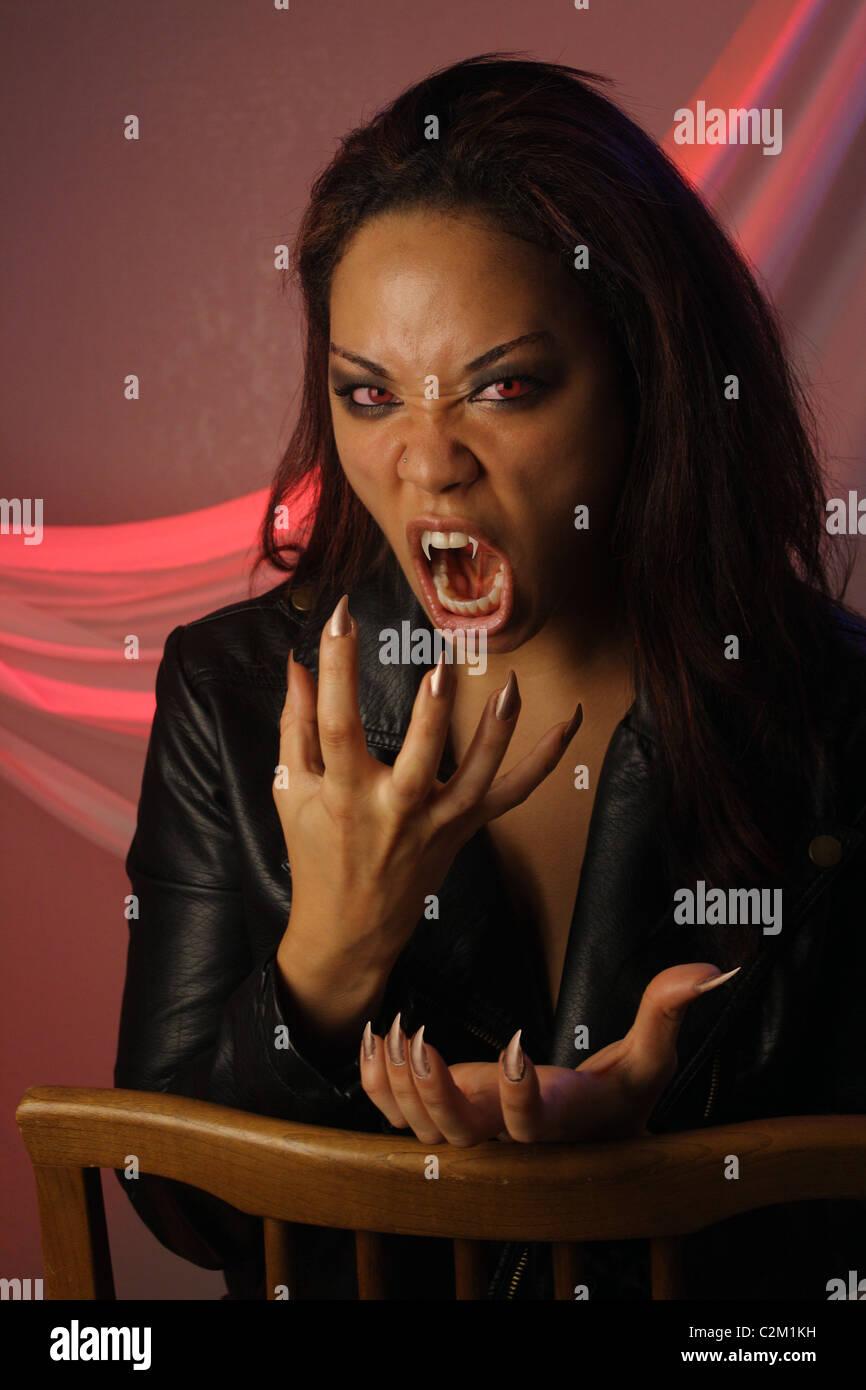 Multirazziale vampiro femmina (2) Immagini Stock
