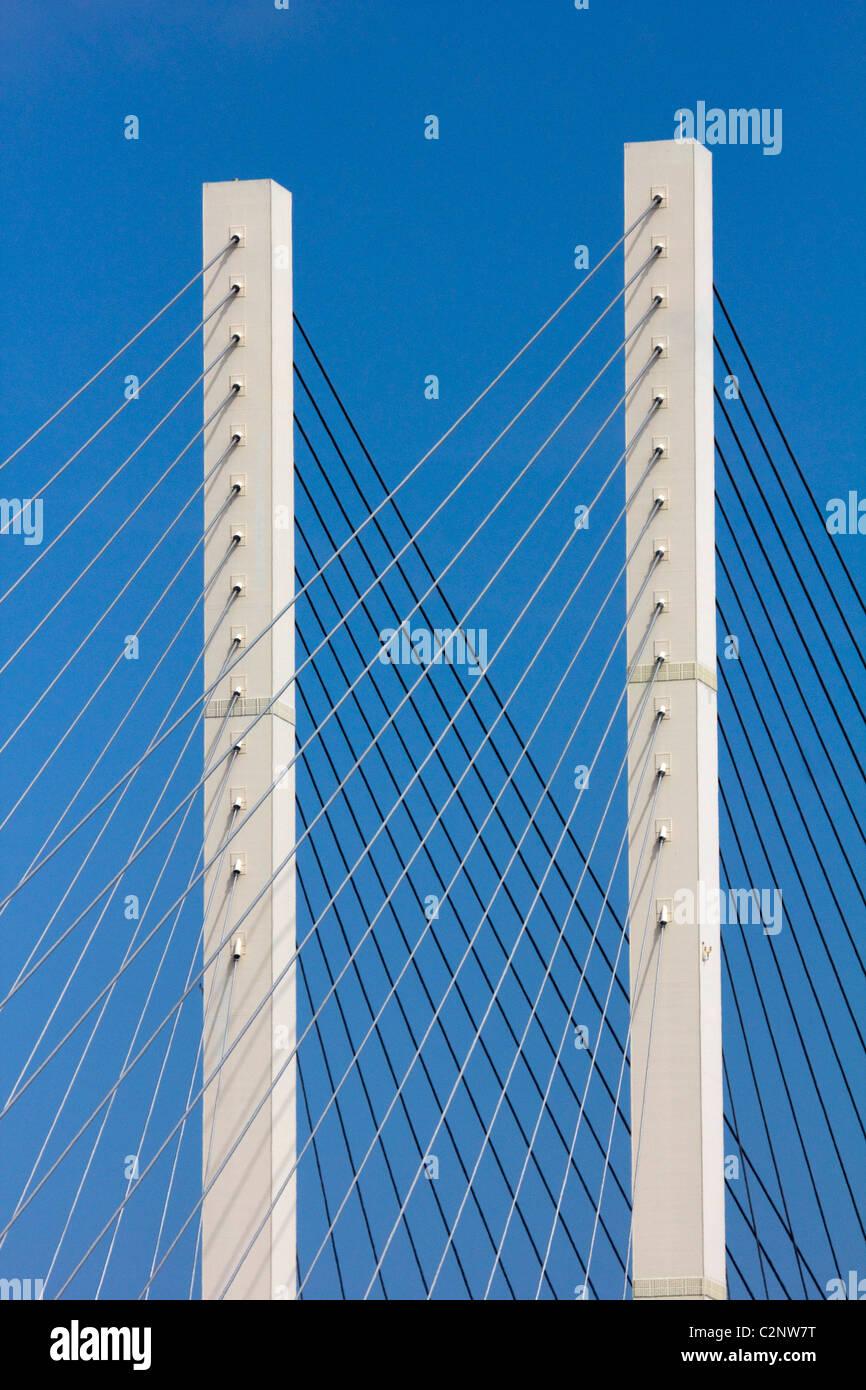 La Queen Elizabeth II Bridge dartford fiume Tamigi M25 attraversare Londra Inghilterra Regno unito Gb Foto Stock