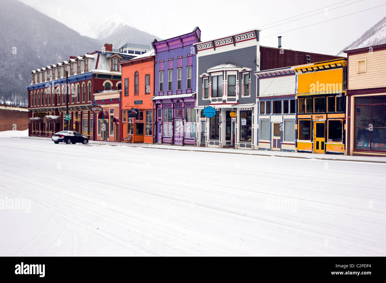 Vista invernale di architettura vittoriana, storica Silverton, Colorado, una vecchia città mineraria. Immagini Stock