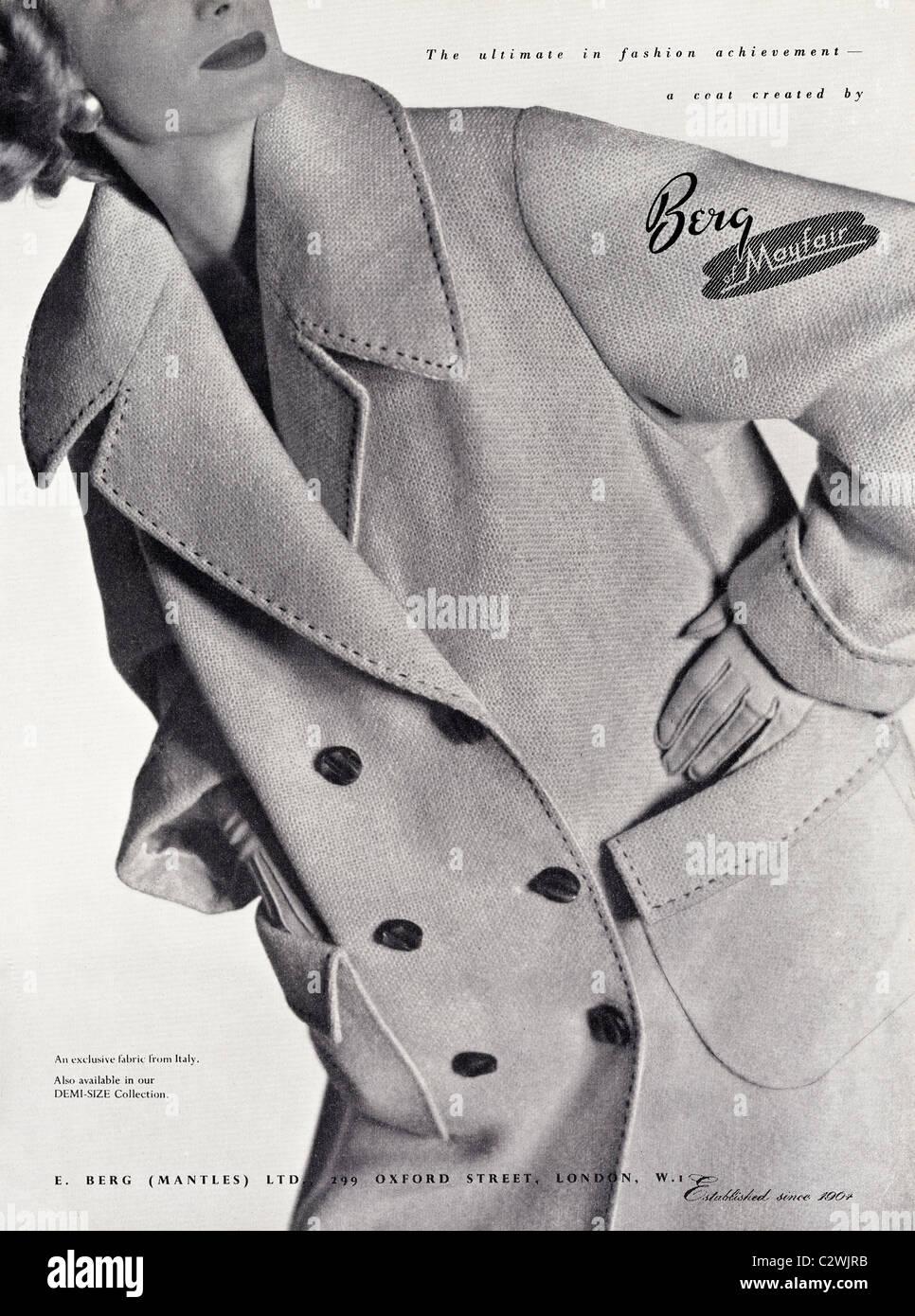 Pagina piena annuncio nella rivista di moda circa degli anni cinquanta per  la donna Cappotto di 09cceafd29b
