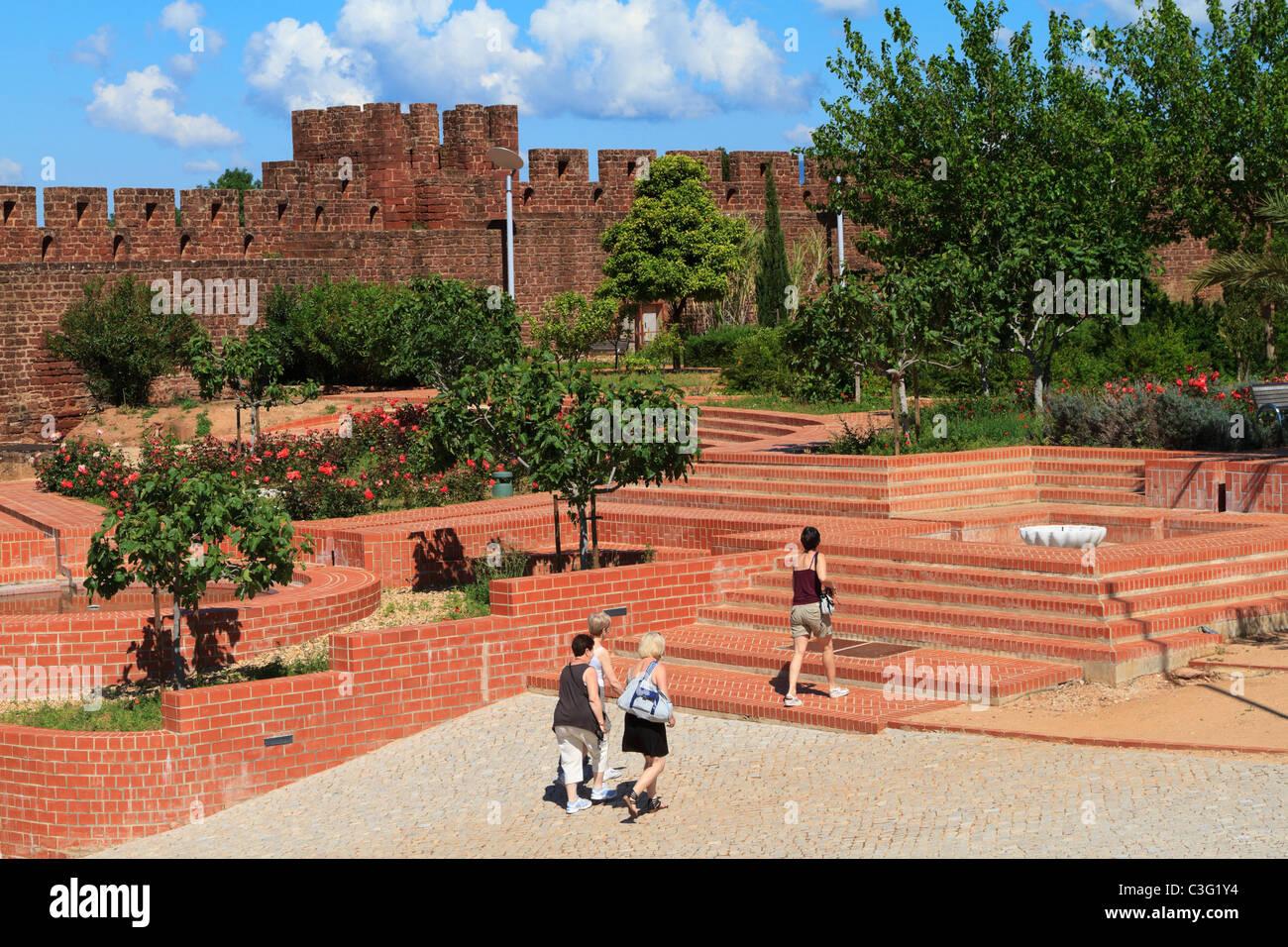Immagini Di Giardini Moderni : Il castello di silves algarve portogallo giardini moderni in