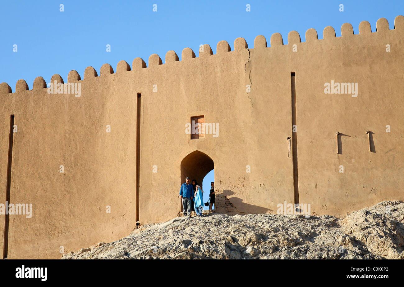 Città ricostruita bastioni a Cheshmeh Ali, Reyy, Teheran, Iran Immagini Stock