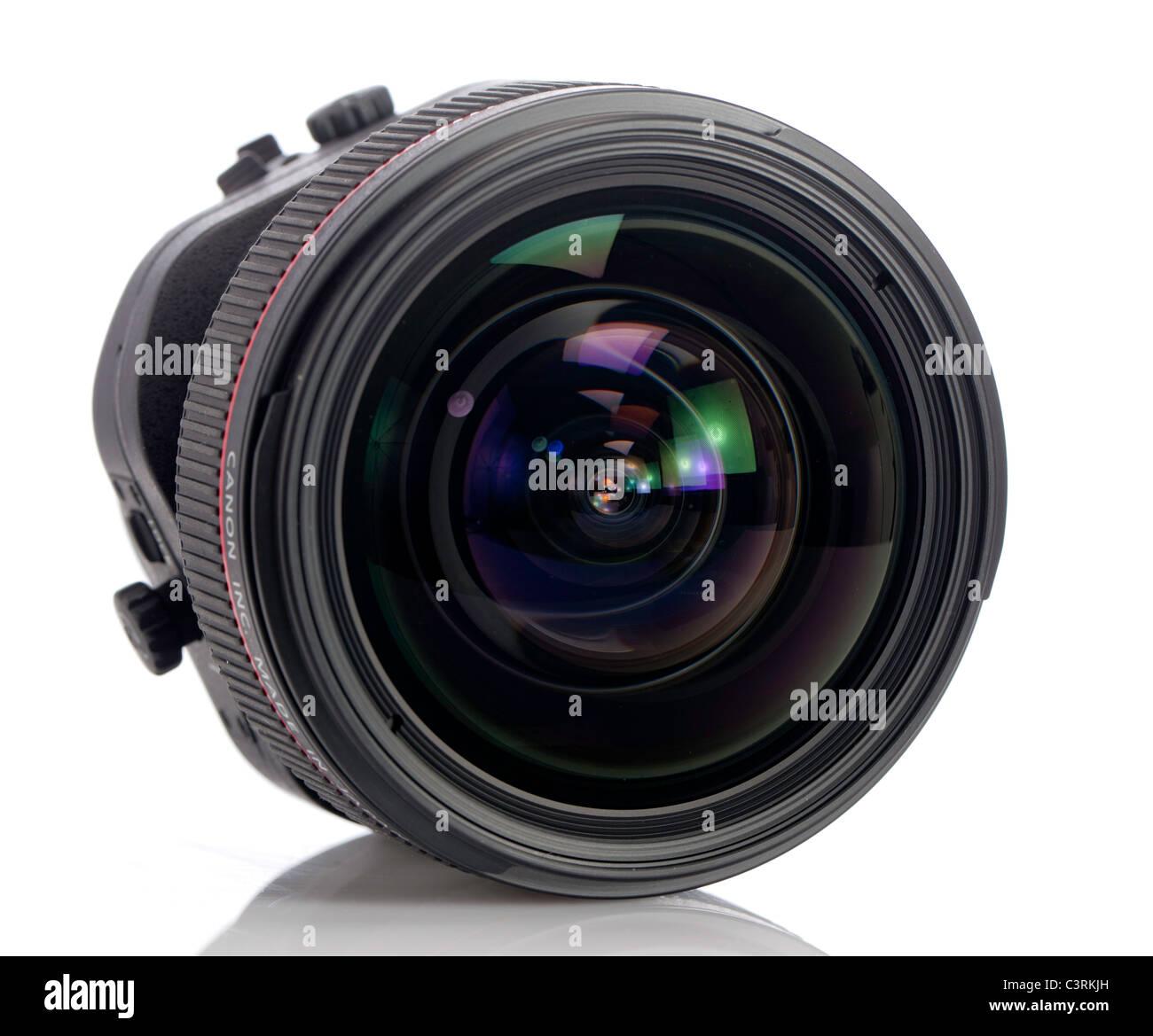 Vista frontale di una nuova Canon tilt-shift lente Immagini Stock