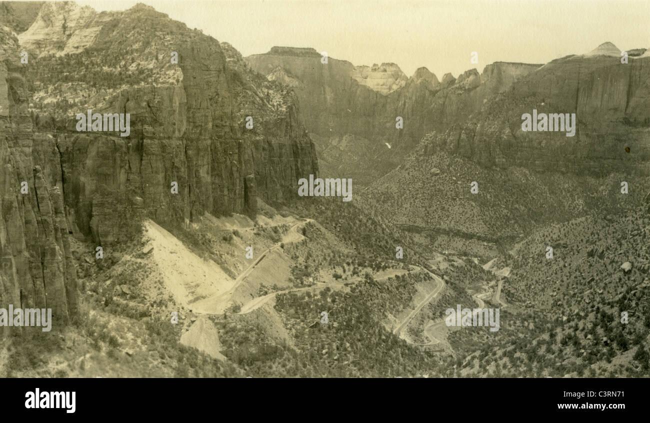 Il paesaggio del Parco Nazionale di Zion Luglio 7, 1940 deserto dello Utah sud-ovest americano Immagini Stock