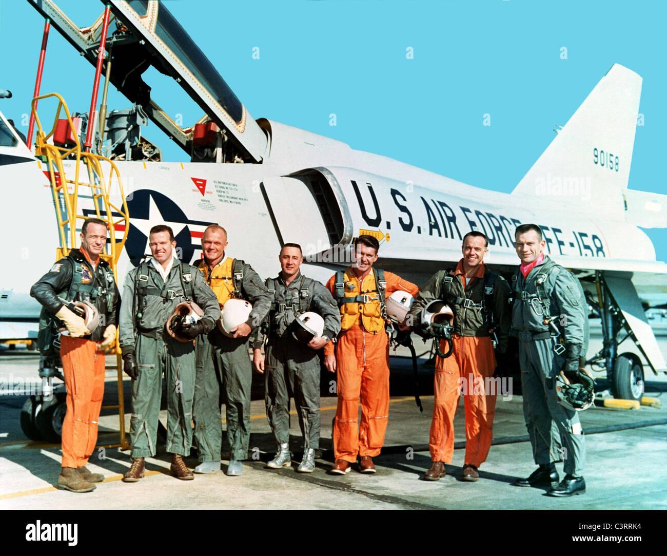 L'originale sette astronauti Mercury durante il corso di formazione presso la NASA Langley Research Center Progetto Immagini Stock