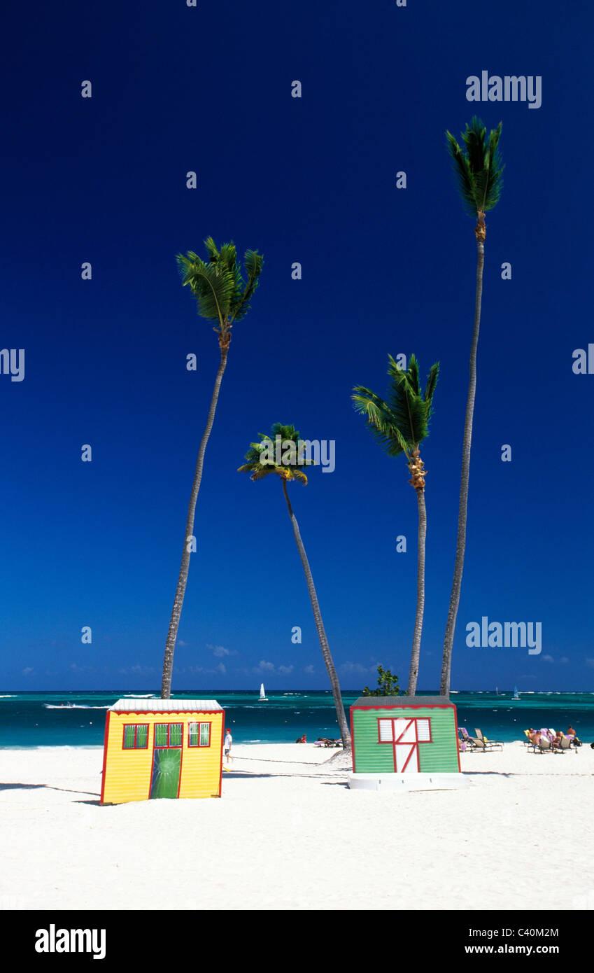 Al di fuori, cattedrale, a cupola, Rep, Repubblica Dominicana, all'aperto, fuori, Caraibi, Caraibi, palm, palme, Immagini Stock