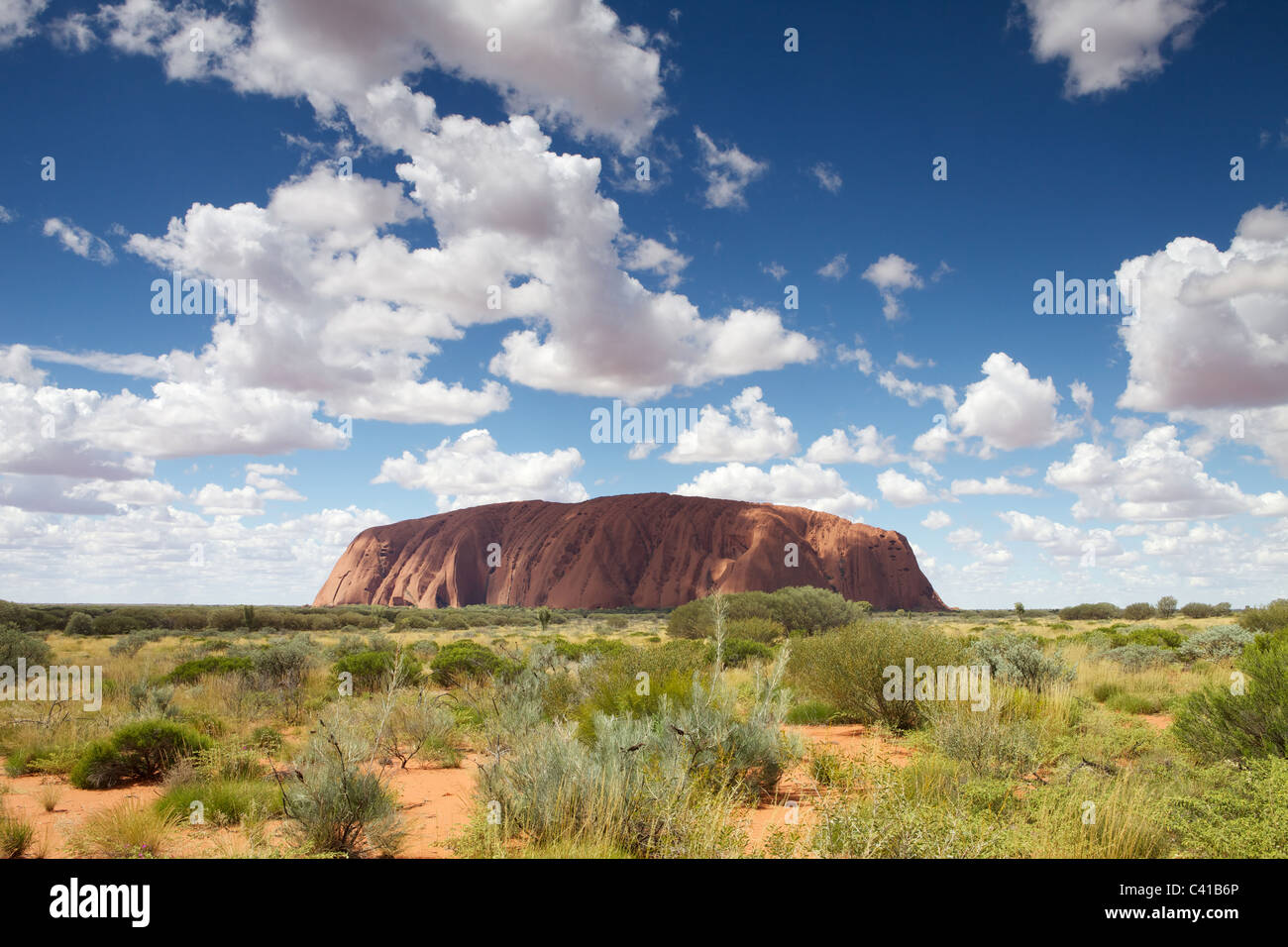 Ayres Rock - Uluru - Red Rock nel cuore dell'entroterra Foto Stock