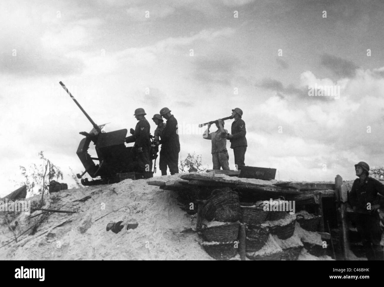 La seconda guerra mondiale, tedesco la difesa aerea: 2 cm inesplosi Immagini Stock