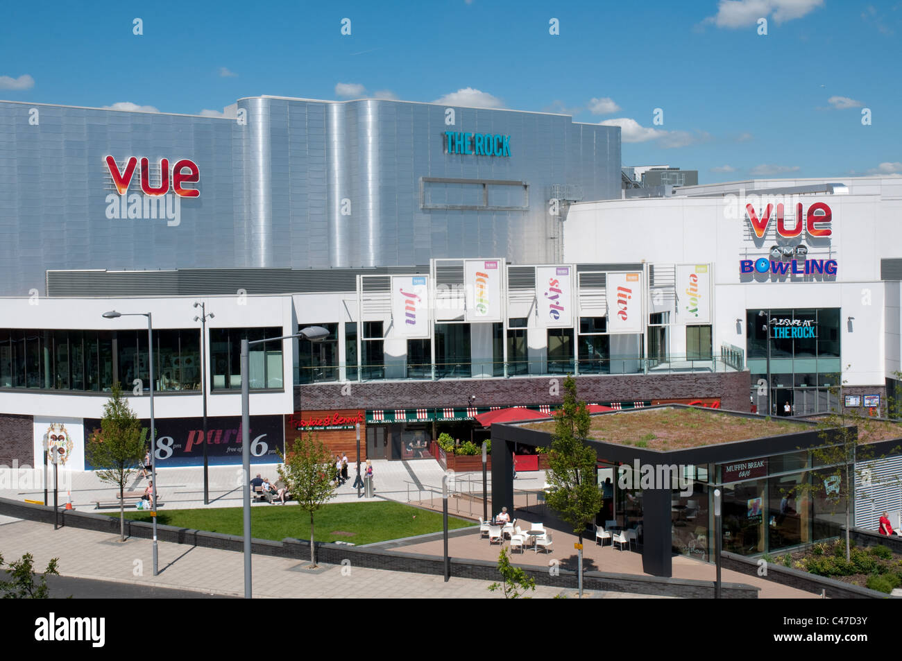 La Roccia,Bury,Greater Manchester.Aperto nel 2010 il complesso ospita negozi,cinema,intrattenimento e ristoranti, Immagini Stock