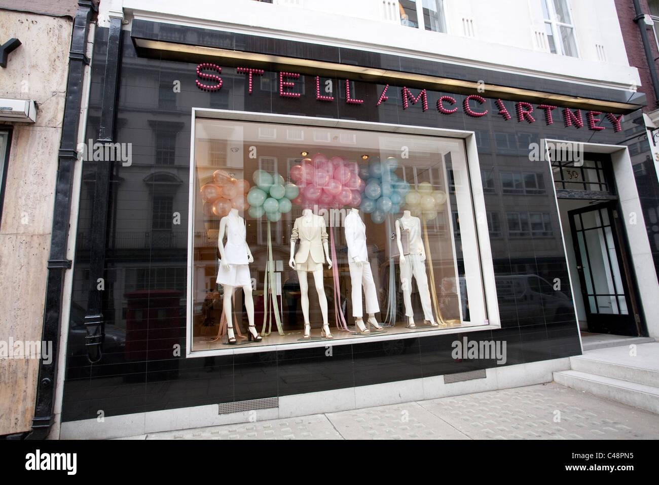 631626da2452 Stella McCartney fashion store su Bruton Street