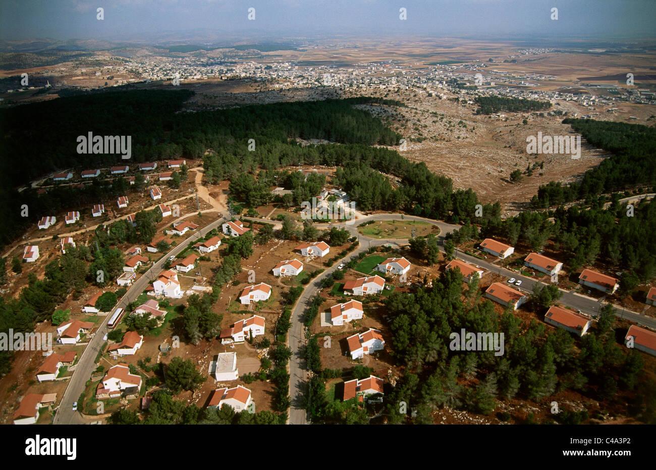 Fotografia aerea dell'insediamento israeliano di Kadim in Samaria Immagini Stock