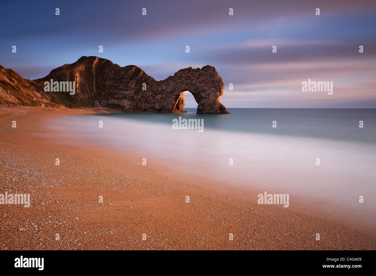 Porta di Durdle, Jurassic Coast, Dorset, Inghilterra Immagini Stock