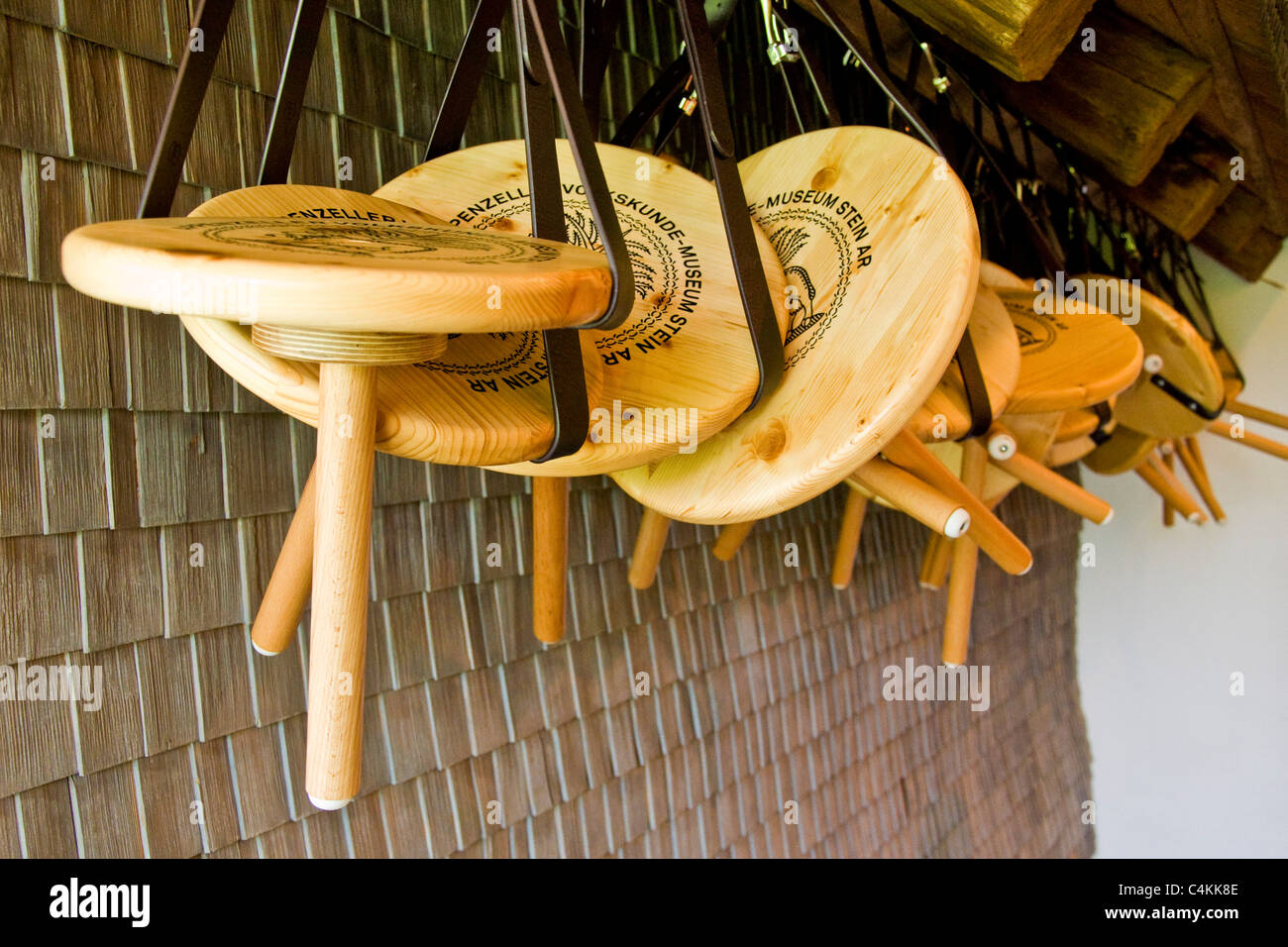 Milking stool immagini & milking stool fotos stock alamy