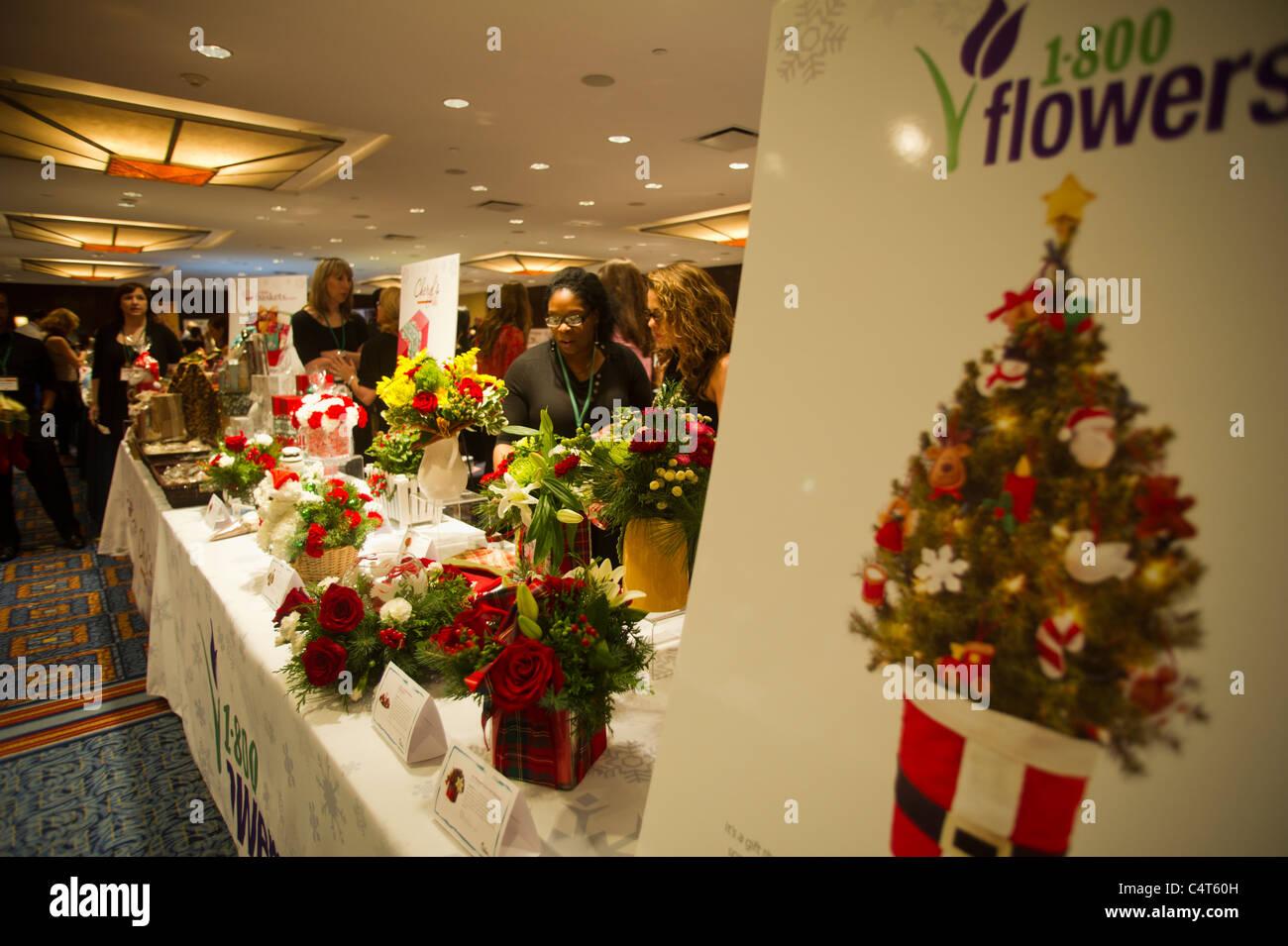 Guida Ai Regali Di Natale.Il Numero 1 800 Flowers Com Presentano Al 2011 Guida Ai Regali Di