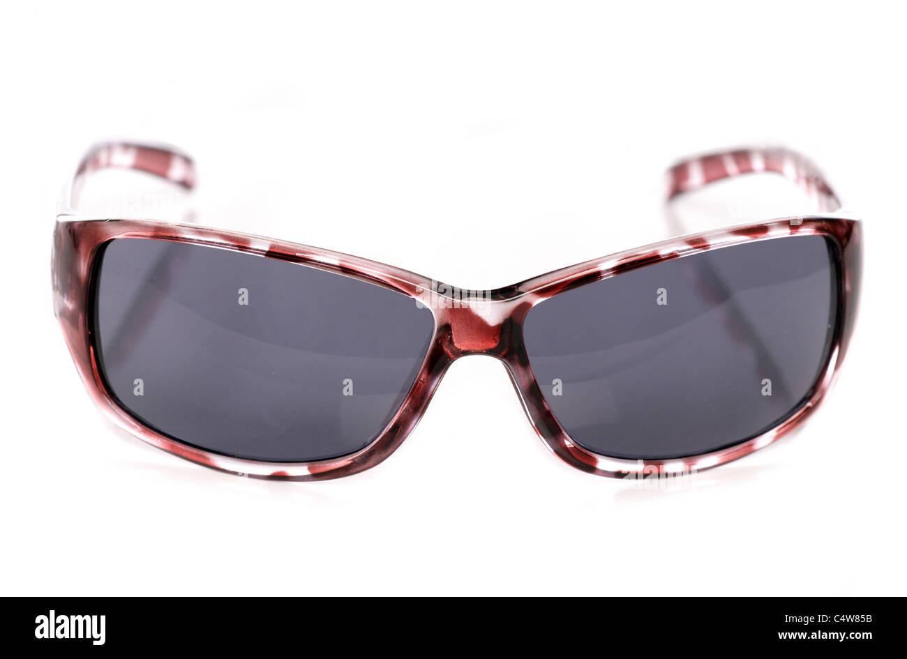 Womens occhiali da sole isolato su sfondo bianco Foto Stock