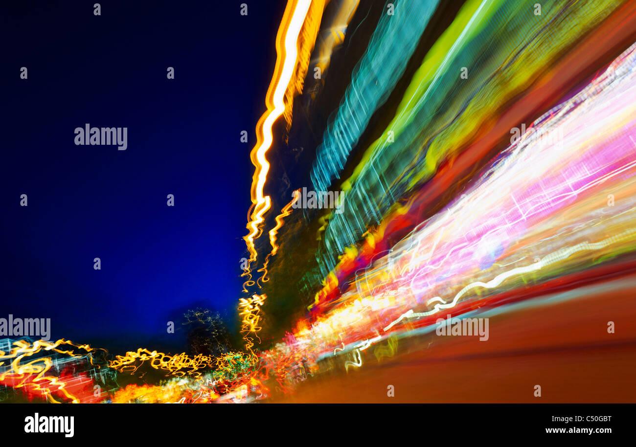 Luci sfocate, traffico, arte di luce, luci, illuminazione vie, dinamica, colorato, Amburgo, Germania, Europa Immagini Stock