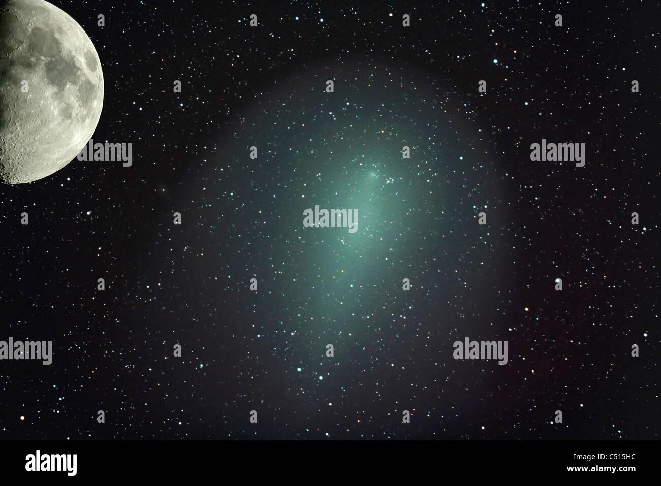 Dimensioni della cometa Holmes in confronto con la luna. Immagini Stock