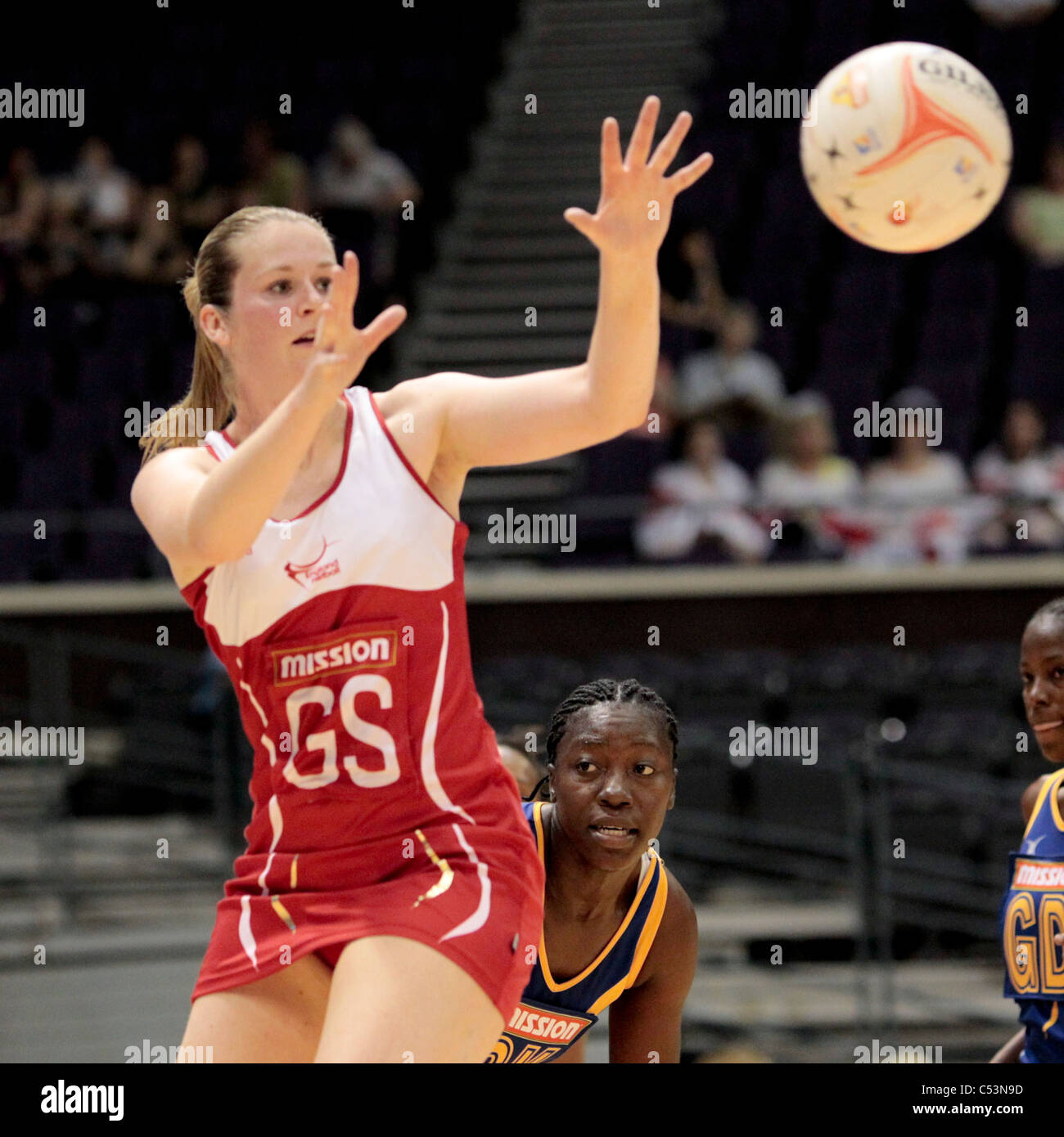 05.07.2011 Louisa brownfield dell'Inghilterra in azione durante il Pool D match tra Inghilterra e Barbados, Immagini Stock
