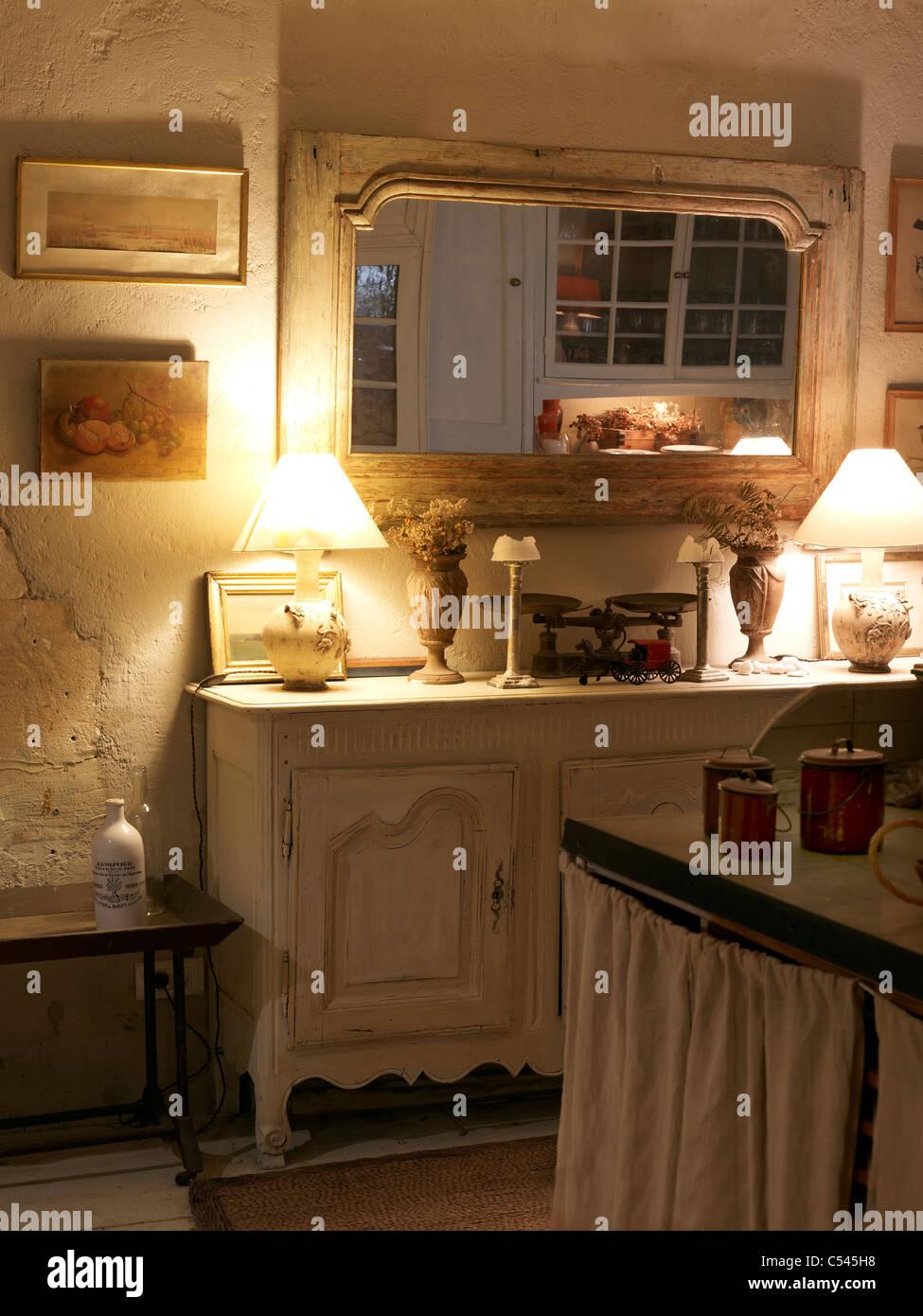Francese antico e pittoresco cucina,Lourmarin,Luberon,Provence ...